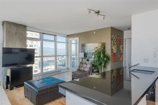 """Photo 5: 2804 438 SEYMOUR Street in Vancouver: Downtown VW Condo for sale in """"CONFERENCE PLAZA"""" (Vancouver West)  : MLS®# R2317789"""