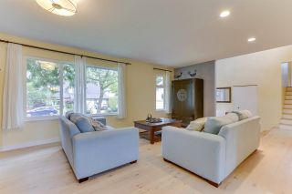 """Photo 8: 14907 SOUTHMERE Place in Surrey: Sunnyside Park Surrey House for sale in """"SOUTHMERE"""" (South Surrey White Rock)  : MLS®# R2468824"""