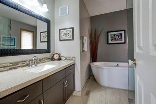 Photo 20: 113 Mt Sparrowhawk Place SE in Calgary: McKenzie Lake Detached for sale : MLS®# A1130042