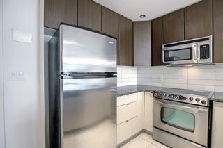 Photo 5: 705 788 12 Avenue SW in Calgary: Beltline Apartment for sale : MLS®# A1145977