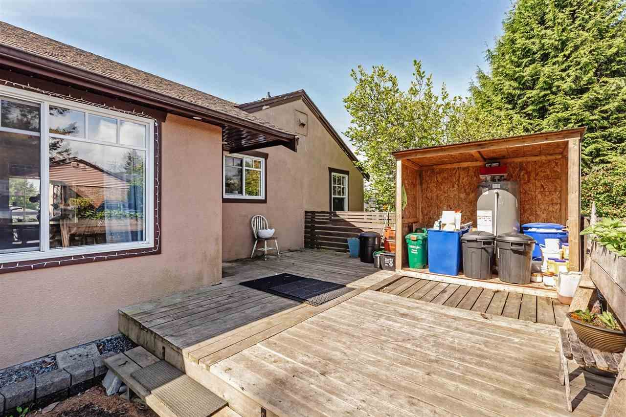 Photo 27: Photos: 8042 CEDAR Street in Mission: Mission BC House for sale : MLS®# R2579765