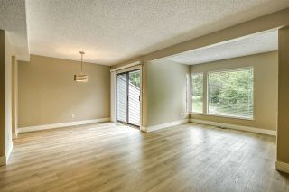 """Photo 17: 15879 ALDER Place in Surrey: King George Corridor Townhouse for sale in """"ALDERWOOD"""" (South Surrey White Rock)  : MLS®# R2471622"""