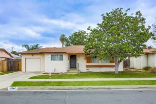 Photo 1: EAST ESCONDIDO House for sale : 3 bedrooms : 2042 Lee Dr. in Escondido