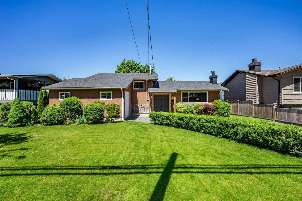 Main Photo: 19465 HAMMOND Road in Pitt Meadows: Central Meadows House for sale : MLS®# R2588838