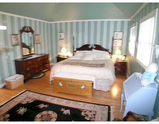 Photo 9: 7964 SUNNYMEDE GT in Richmond: 51 Broadmoor House for sale : MLS®# V625947