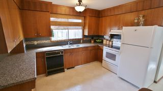Photo 4: 15 Pontiac Bay in Winnipeg: Residential for sale : MLS®# 1204649