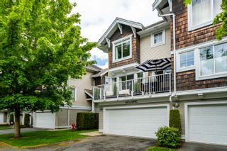 """Photo 2: 59 20760 DUNCAN Way in Langley: Langley City Townhouse for sale in """"Wyndham Lane"""" : MLS®# R2576205"""