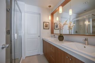 "Photo 13: 40 8476 207A Street in Langley: Willoughby Heights Townhouse for sale in ""YORK By Mosaic"" : MLS®# R2260346"