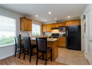 """Photo 6: 71 17097 64 Avenue in Surrey: Cloverdale BC Townhouse for sale in """"The Kentucky"""" (Cloverdale)  : MLS®# R2064911"""
