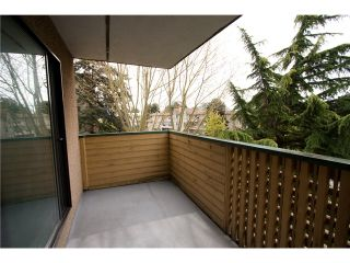 """Photo 10: 324 8651 WESTMINSTER Highway in Richmond: Brighouse Condo for sale in """"LANSDOWNE SQUARE"""" : MLS®# V1003978"""