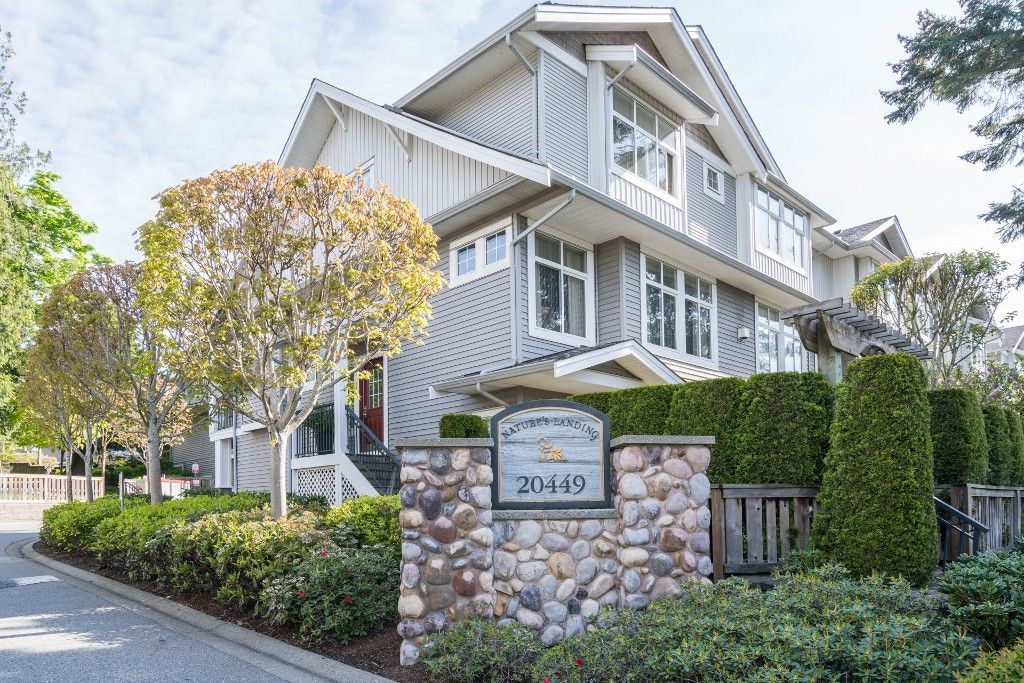 """Main Photo: 17 20449 66 Avenue in Langley: Willoughby Heights Townhouse for sale in """"NATURE'S LANDING"""" : MLS®# R2163715"""