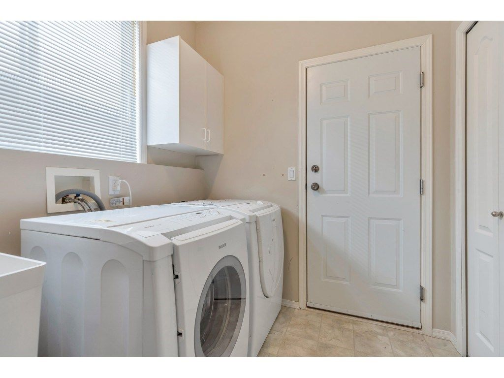 "Photo 20: Photos: 11617 CREEKSIDE Street in Maple Ridge: Cottonwood MR House for sale in ""Cottonwood"" : MLS®# R2554913"