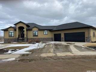 Photo 1: 560 Park Street in Cut Knife: Residential for sale : MLS®# SK847224