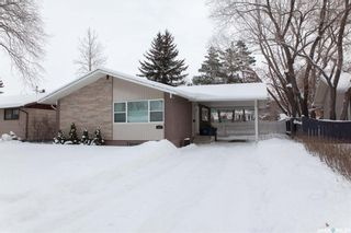 Photo 1: 111 Spinks Drive in Saskatoon: West College Park Residential for sale : MLS®# SK759377