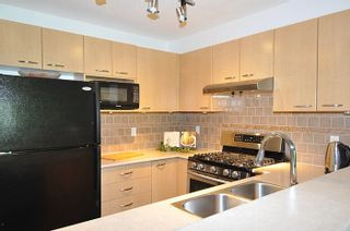 """Photo 6: 308 2968 SILVER SPRINGS Boulevard in Coquitlam: Westwood Plateau Condo for sale in """"TAMARISK"""" : MLS®# R2174996"""