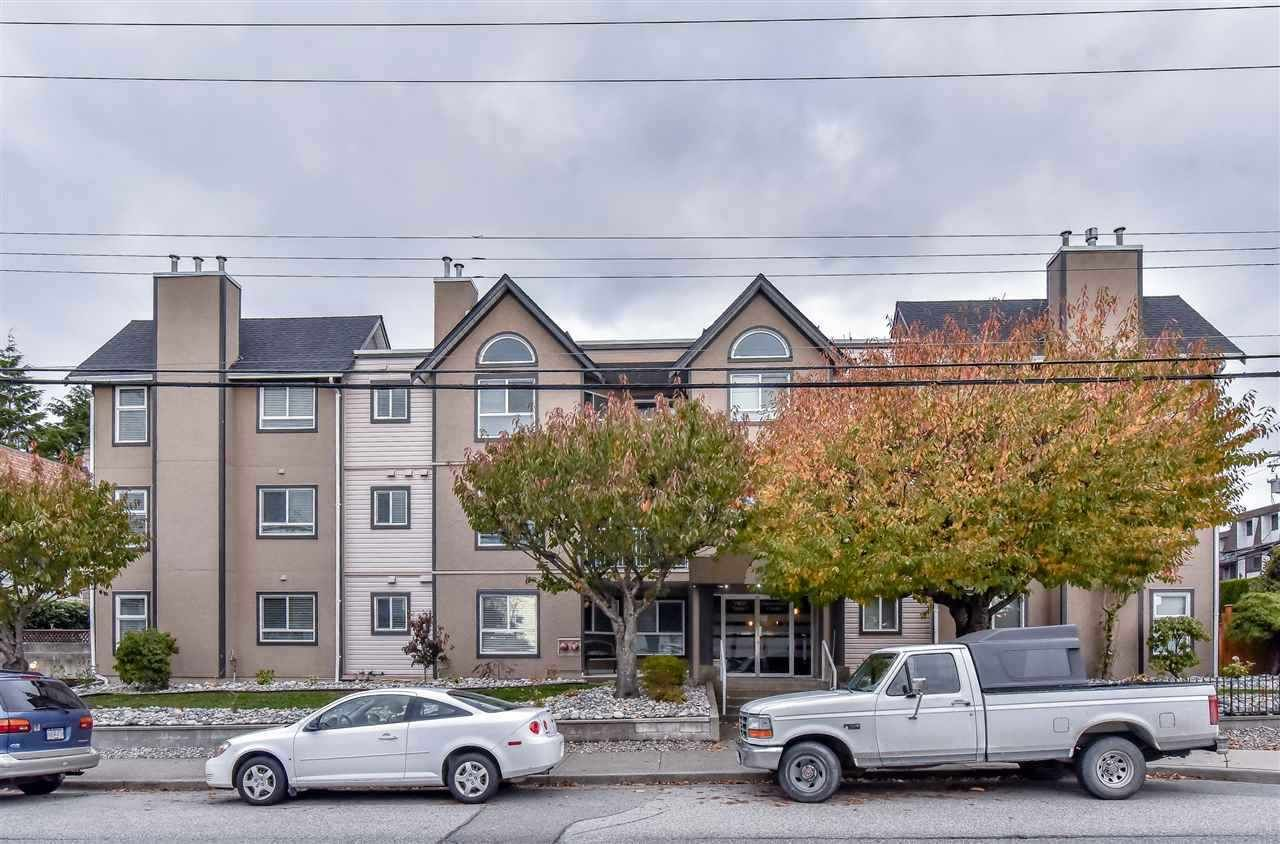 Main Photo: 102 15035 THRIFT Avenue: White Rock Condo for sale (South Surrey White Rock)  : MLS®# R2341357