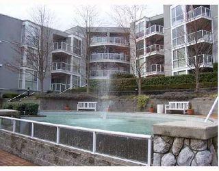 Photo 3: 107-8450 Jellicoe Street in Vancouver: Fraserview VE Condo for sale (Vancouver East)  : MLS®# V728666