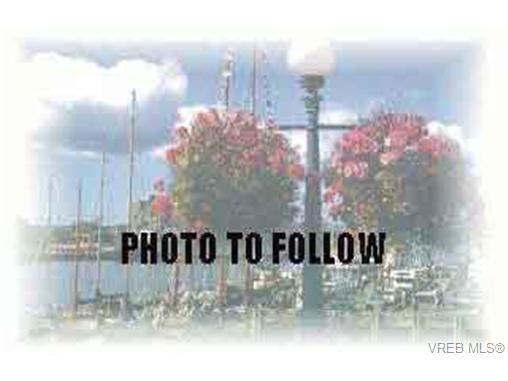 Main Photo: 34 7925 Simpson Rd in SAANICHTON: CS Saanichton Row/Townhouse for sale (Central Saanich)  : MLS®# 205908
