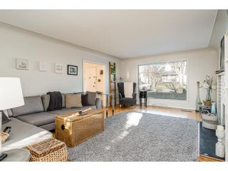 Photo 3: 1426 LONDON Street in New Westminster: West End NW House for sale : MLS®# R2436873