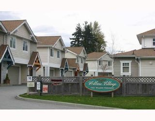 """Photo 1: 19 1821 WILLOW Crescent in Squamish: Garibaldi Estates Townhouse for sale in """"WILLOW VILLAGE"""" : MLS®# V668258"""