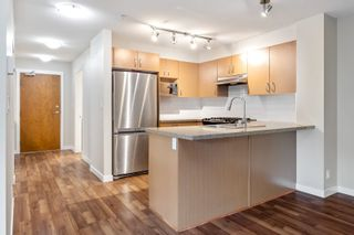 """Photo 6: 210 3105 LINCOLN Avenue in Coquitlam: New Horizons Condo for sale in """"LARKIN HOUSE"""" : MLS®# R2617801"""