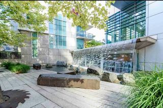 """Photo 2: 2303 590 NICOLA Street in Vancouver: Coal Harbour Condo for sale in """"CASCINA"""" (Vancouver West)  : MLS®# R2587665"""