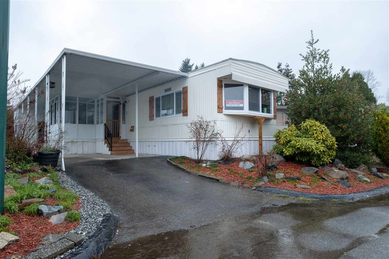 Main Photo: 210 1840 160TH Street in Surrey: King George Corridor Manufactured Home for sale (South Surrey White Rock)  : MLS®# R2535174