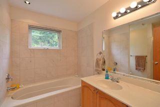 Photo 11: 6575 N GALE Avenue in Sechelt: Sechelt District House for sale (Sunshine Coast)  : MLS®# R2361659