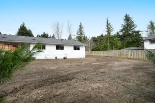 Photo 8: 2110 Lake Trail Rd in : CV Courtenay City Full Duplex for sale (Comox Valley)  : MLS®# 869253