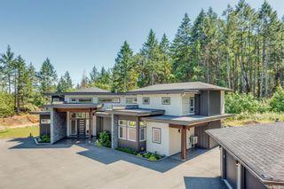 Photo 10: 1790 York Ridge Pl in : Hi Western Highlands House for sale (Highlands)  : MLS®# 863600