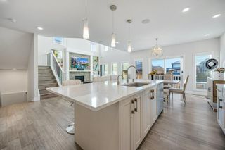 Photo 4: 69 Westpoint Way SW in Calgary: West Springs Detached for sale : MLS®# A1153567