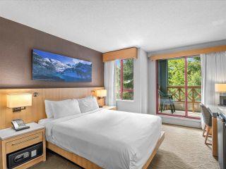 "Photo 3: 1267 4308 MAIN Street in Whistler: Whistler Village Condo for sale in ""Delta Whistler village Suites"" : MLS®# R2591173"