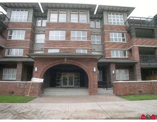 Photo 1: 403 6815 188TH Street in Surrey: Clayton Condo for sale (Cloverdale)  : MLS®# F2816368