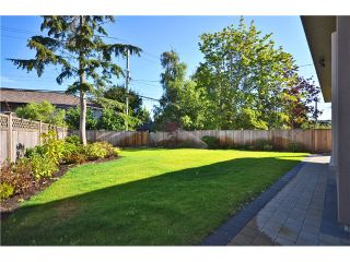 Photo 12: 10371 AINTREE Crescent in Richmond: McNair House for sale : MLS®# V1019770