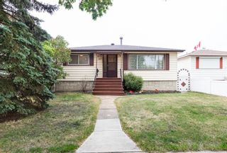 Photo 1: 9853 68 Avenue in Edmonton: Zone 17 House for sale : MLS®# E4262813
