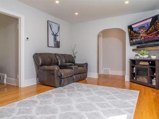 Photo 7: 25 Blenheim Avenue in Winnipeg: St Vital Residential for sale (2D)  : MLS®# 202115199