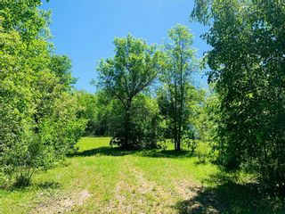 Photo 1: 47 Awanipark Drive in Pinawa: Awannipark Residential for sale (R18)  : MLS®# 202111978