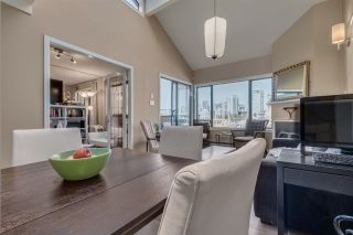 """Photo 11: 1012 IRONWORK Passage in Vancouver: False Creek Townhouse for sale in """"MARINE MEWS"""" (Vancouver West)  : MLS®# R2207669"""
