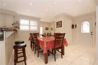 Photo 2: 704 Coulson Avenue in Milton: Timberlea House (Bungalow) for sale : MLS®# W3620366