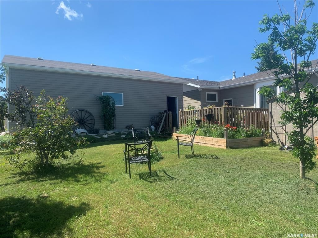 Photo 4: Photos: 217 William Street in Manitou Beach: Residential for sale : MLS®# SK845291