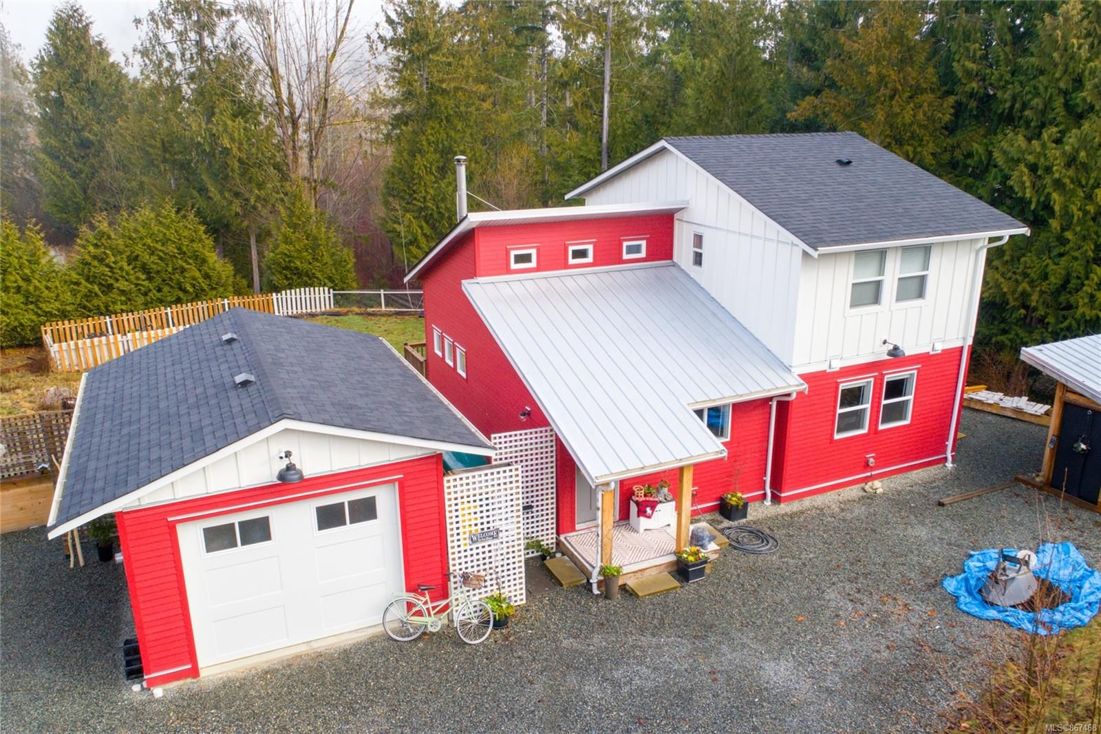 Main Photo: 477 Point Ideal Dr in : Du Lake Cowichan House for sale (Duncan)  : MLS®# 867468