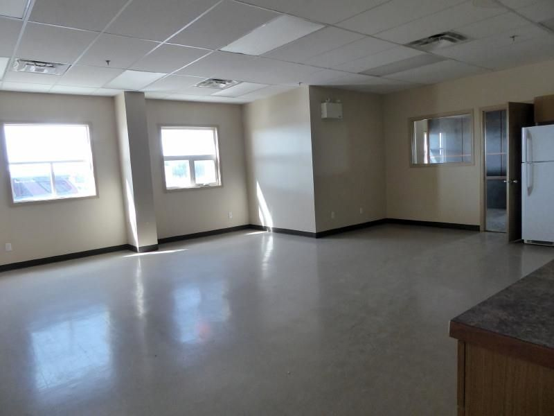 Photo 9: Photos: 5402 44 Avenue in Fort Nelson: Fort Nelson -Town Industrial for sale (Fort Nelson (Zone 64))  : MLS®# C8038651
