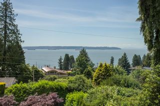 """Photo 29: 2685 LAWSON Avenue in West Vancouver: Dundarave House for sale in """"DUNDARAVE"""" : MLS®# R2616310"""