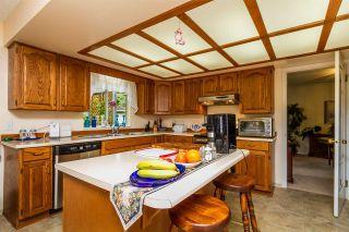 "Photo 7: 16029 78 Avenue in Surrey: Fleetwood Tynehead House for sale in ""Hazelwood Hills"" : MLS®# R2104718"
