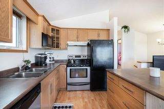 Photo 7: 123 Redonda Street in Winnipeg: Canterbury Park Residential for sale (3M)  : MLS®# 202107335