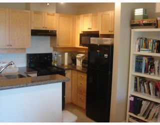 """Photo 10: 405 997 W 22ND Avenue in Vancouver: Cambie Condo for sale in """"THE CRESCENT IN SHAUGHNESSY"""" (Vancouver West)  : MLS®# V755398"""