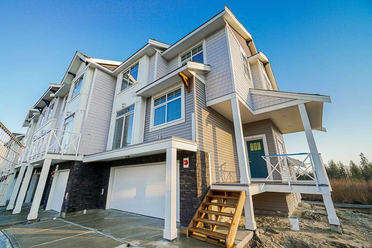 Main Photo: 1 21102 76 AVENUE in Langley: Willoughby Heights Townhouse for sale : MLS®# R2437980
