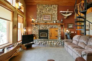 Photo 4: 321 Buffalo Drive in Buffalo Point: R17 Residential for sale : MLS®# 202118014