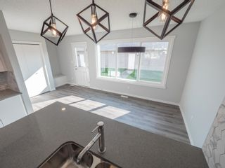 Photo 12: 2613 201 Street in Edmonton: Zone 57 Attached Home for sale : MLS®# E4262204