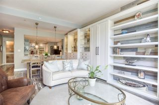 """Photo 9: 105 1383 MARINASIDE Crescent in Vancouver: Yaletown Townhouse for sale in """"COLUMBUS"""" (Vancouver West)  : MLS®# R2478306"""